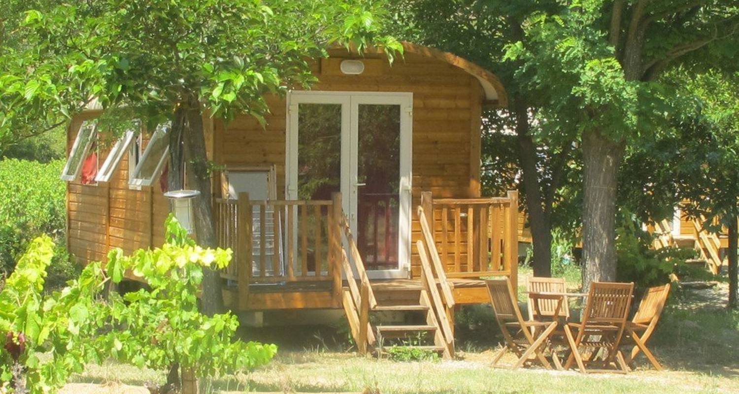 Camping pitches: domaine d'anglas in brissac (110939)