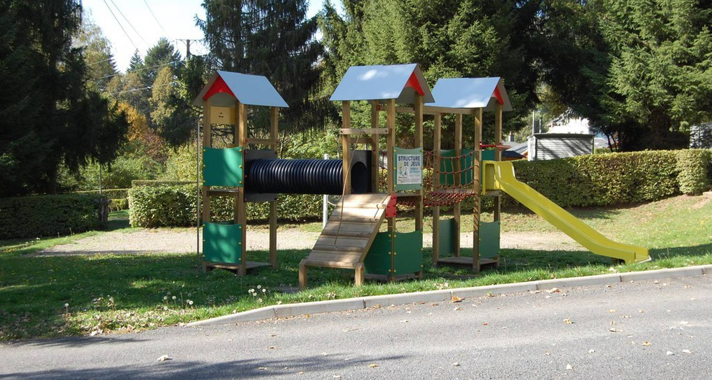 Emplacements de camping: camping les clarines à la bourboule (111223)