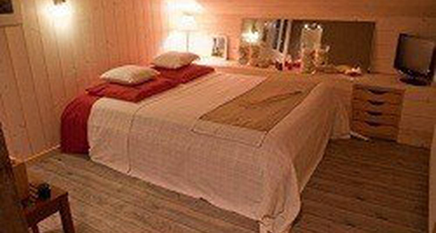Bed & breakfast: spa-resort-home  in châteauroux (111555)