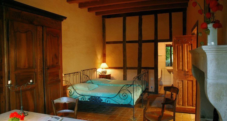 Chambre d'hôtes: maison forte de clérivaux à châtillon-saint-jean (111662)