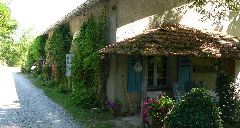 Casa rurale: domaine d'esperbasque en salies-de-béarn (111774)