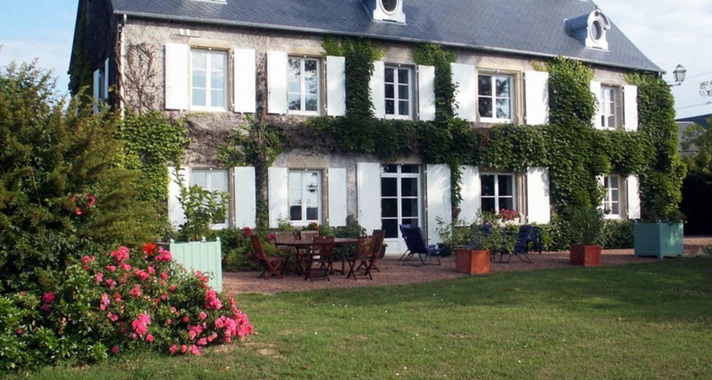 Habitación de huéspedes: domaine des perrières en crux-la-ville (111840)