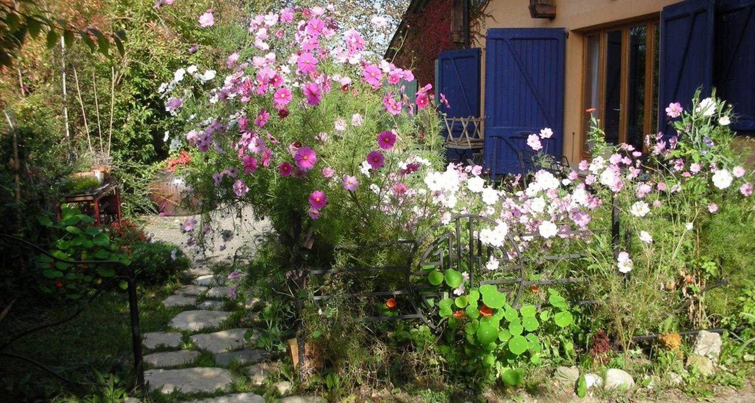 Bed & breakfast: la maison de martine in desingy (112025)