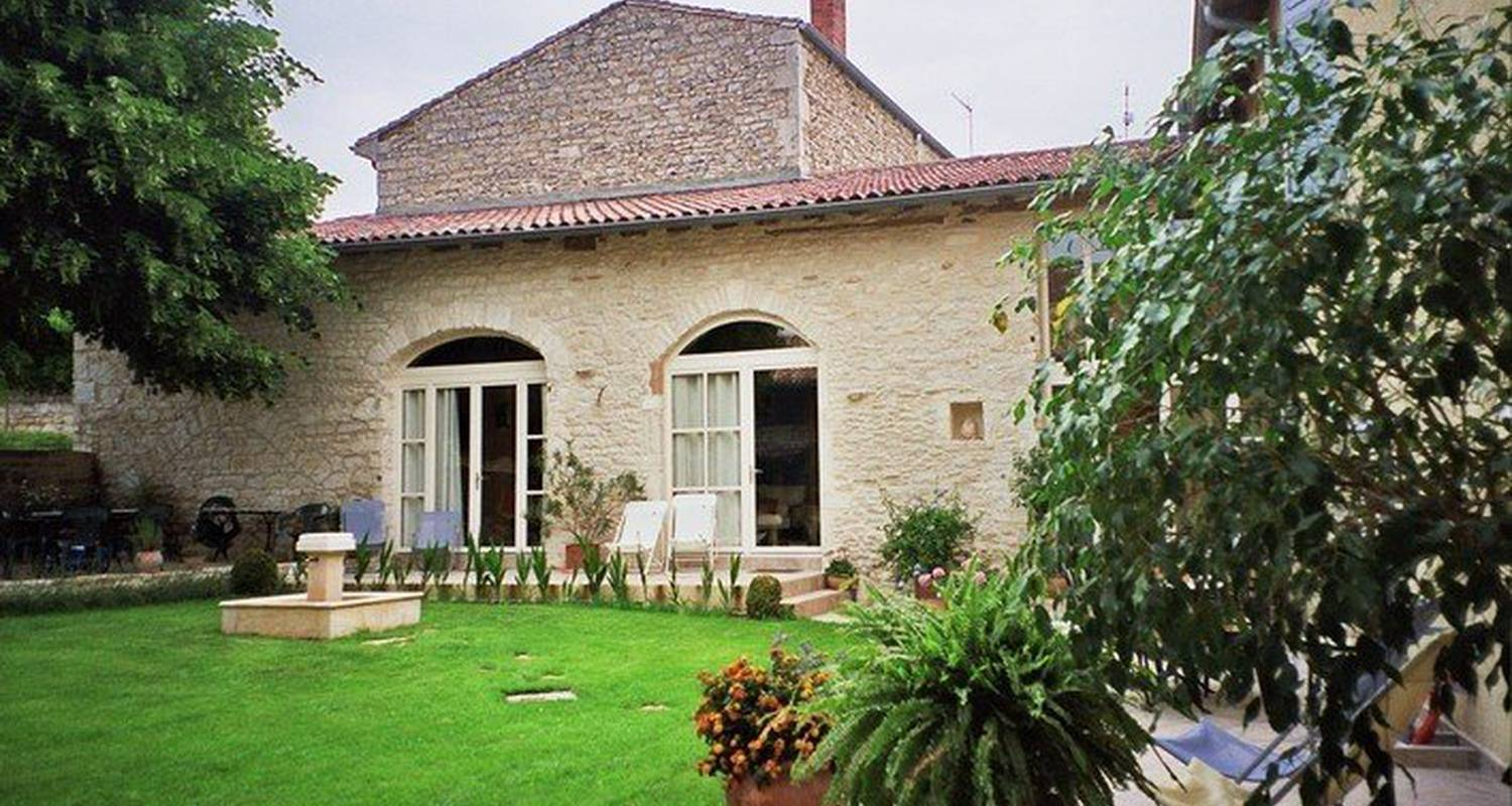 Bed & breakfast: les tilleuls in lucenay (112279)