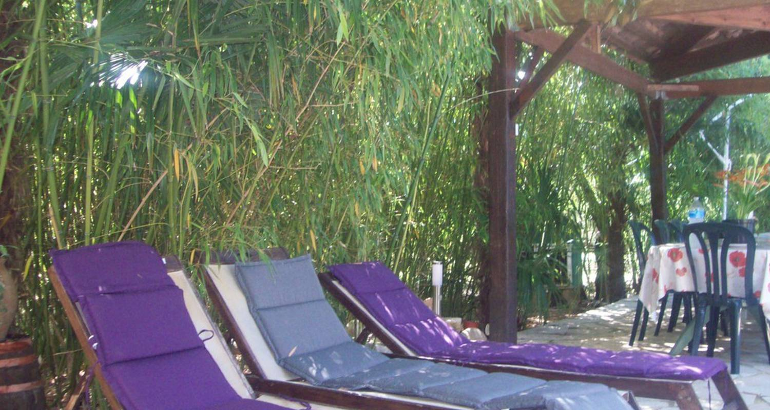 Bed & breakfast: chambre d hote le magnolia in vallon-pont-d'arc (112340)
