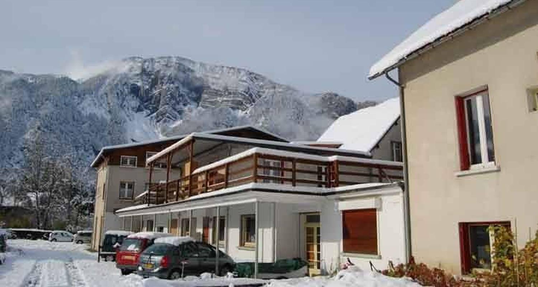 Logement meublé: location 8/12 personnes à le bourg-d'oisans (112350)
