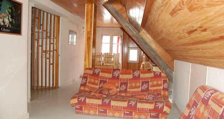 Logement meublé: location 8/12 personnes à le bourg-d'oisans (112348)