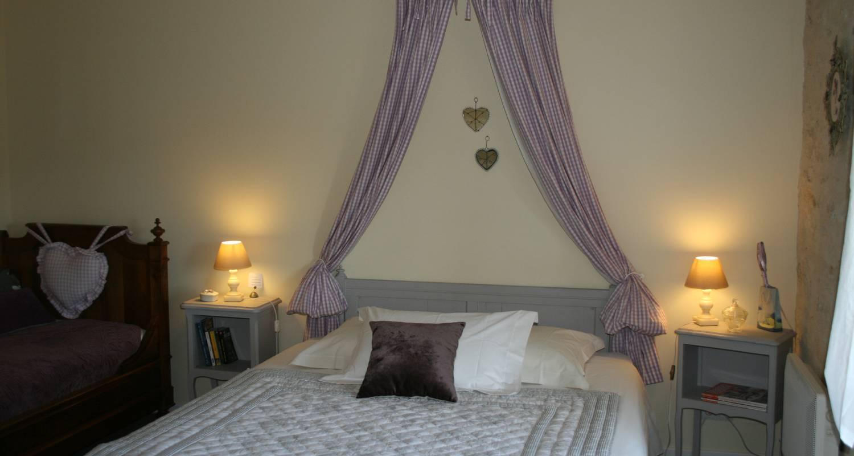 Bed & breakfast: chambre d'hôtes de la maricé in amberre (130048)