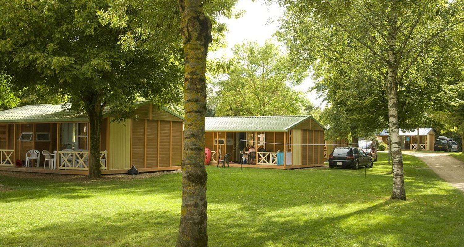 Camping pitches: la plaine tonique in montrevel-en-bresse (112640)