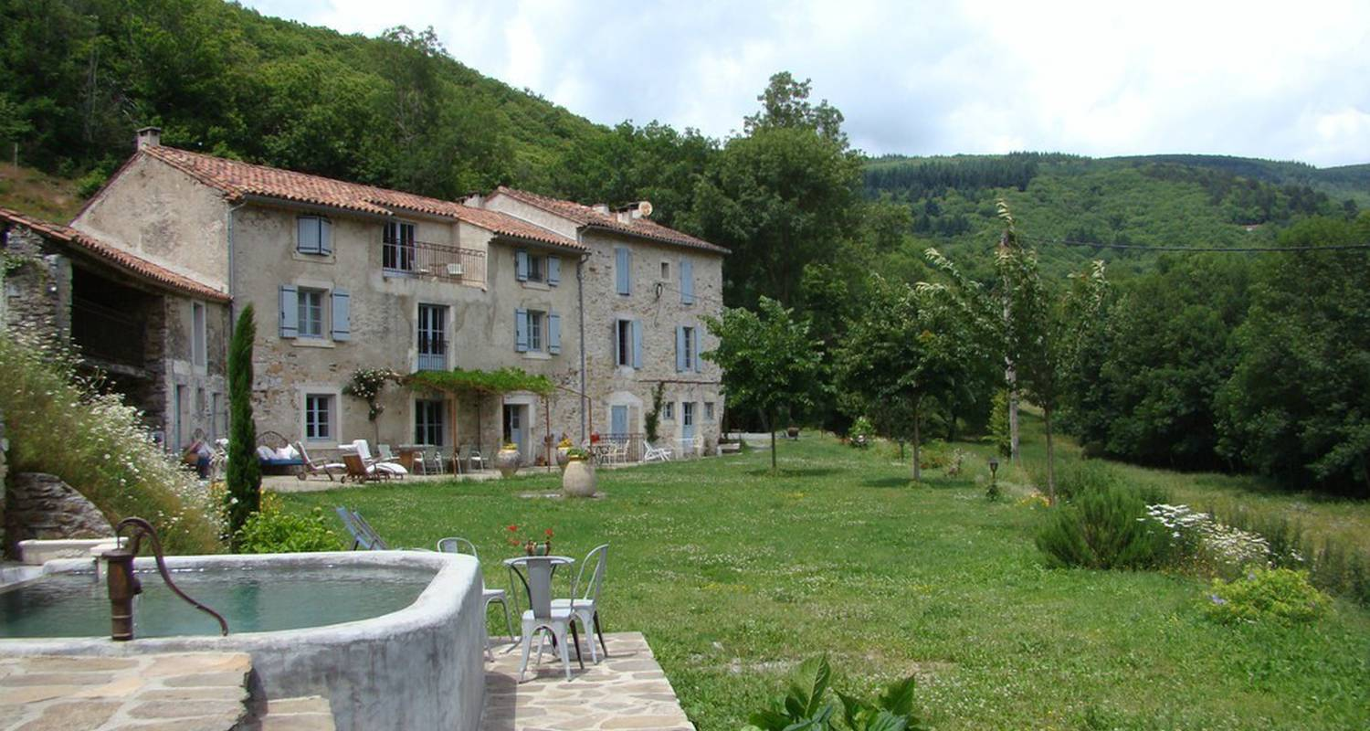 Bed & breakfast: nabat le haut in courniou (112734)