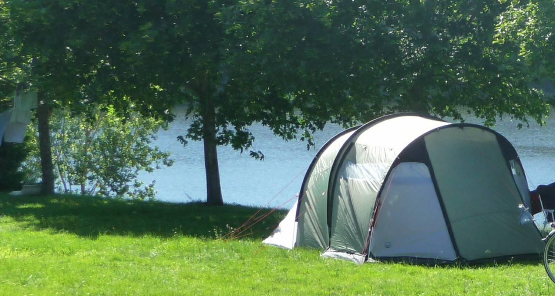Emplacements de camping: camping d'arpheuilles à roanne (112951)