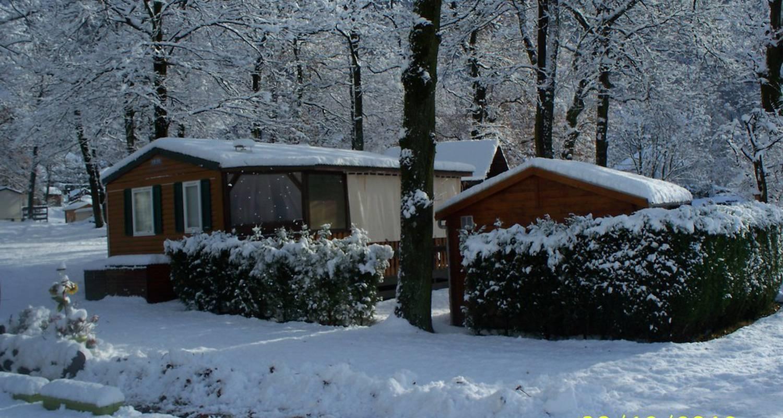 Emplacements de camping: camping le bois joli à saint-martin-sur-la-chambre (112962)