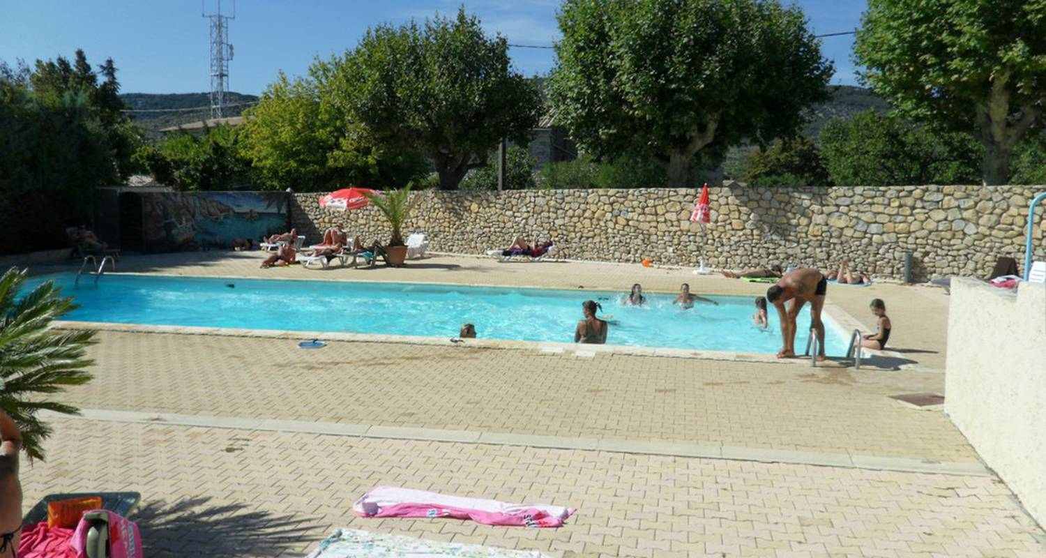 Camping pitches: camping la residence d'ete in saint-remèze (112974)