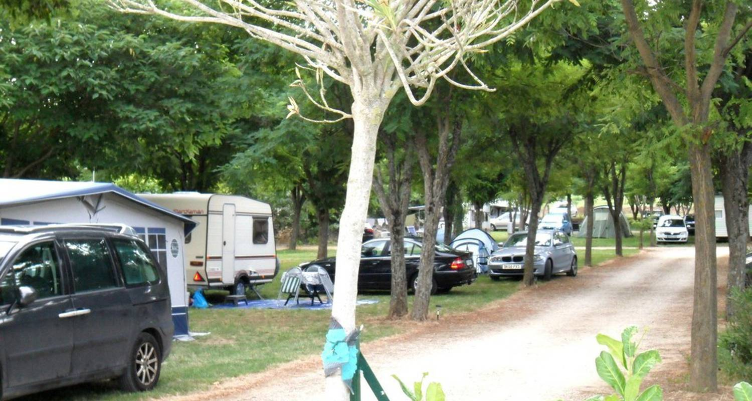 Camping pitches: camping la residence d'ete in saint-remèze (112983)