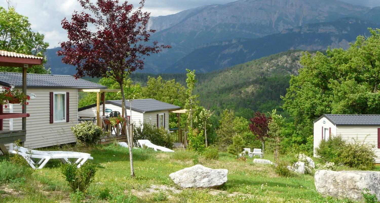 Emplacements de camping: camping le couriou à recoubeau-jansac (121846)