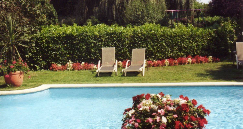 Hotel: hostellerie sarrasine in replonges (113272)