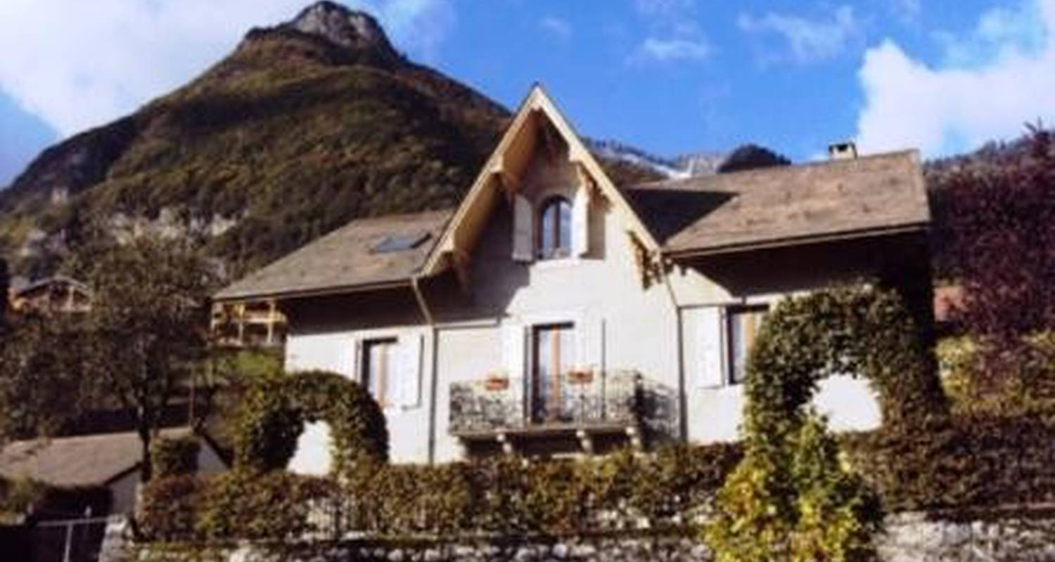 Bed & breakfast: villa les charmilles in taninges (113442)