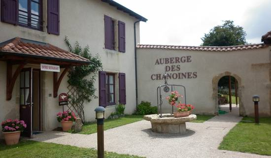 AUBERGE DES CHANOINES picture