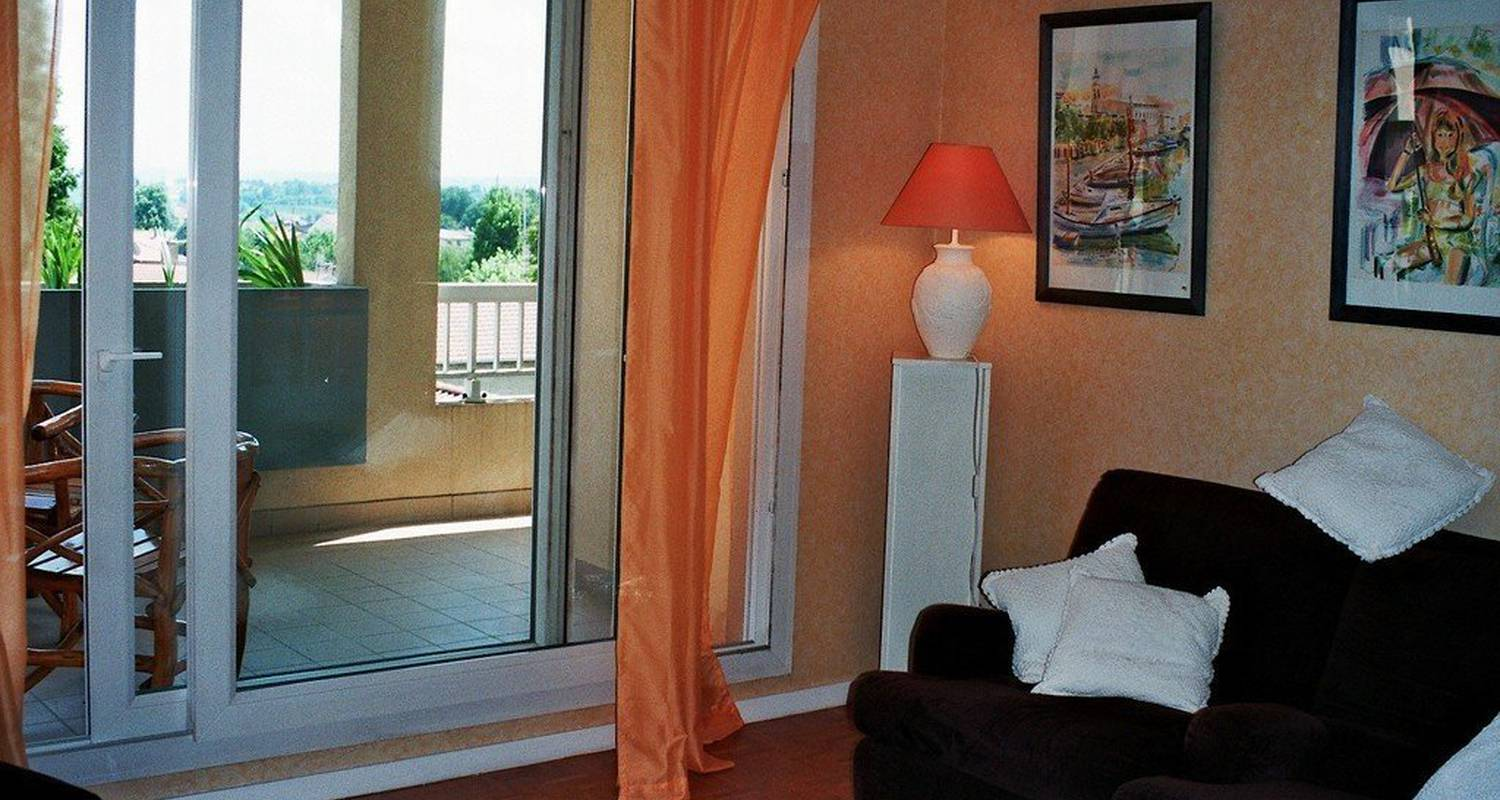 "Furnished accommodation: ""terrasses  observatoire"" in saint-genis-laval (113506)"