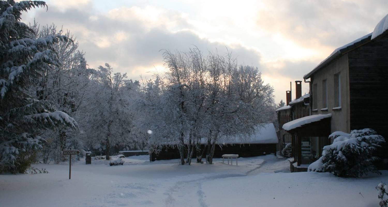 Chambre d'hôtes: la maison des sapins - caulmont à devesset (113616)