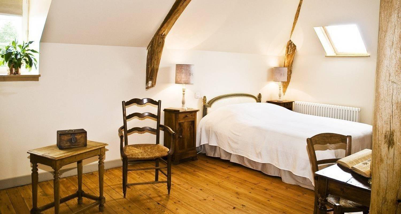 Bed & breakfast: la ferme du village in saussay-la-campagne (113914)