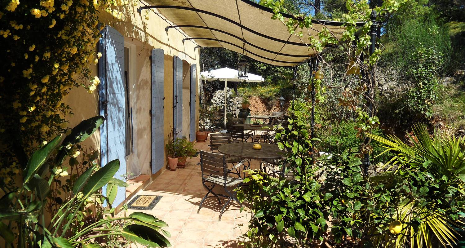 Bed & breakfast: la bastide des templiers (guest house set in picturesque countryside amidst lovely natural sceneries) in bras (128417)
