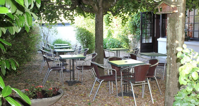 Hotel: l'auberge de la ramberge in pocé-sur-cisse (114051)