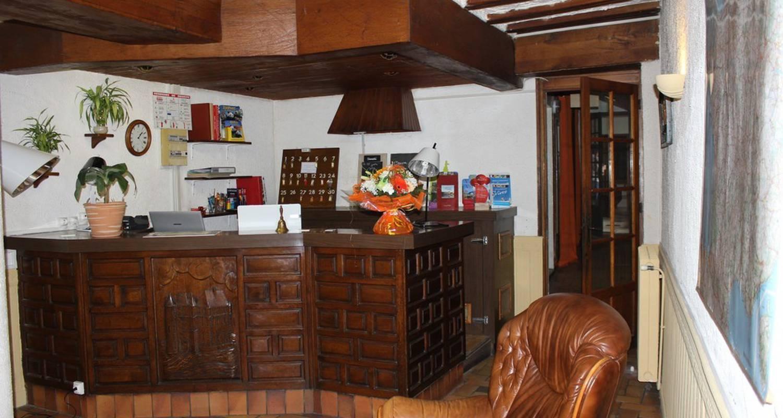Hotel: l'auberge de la ramberge in pocé-sur-cisse (114050)