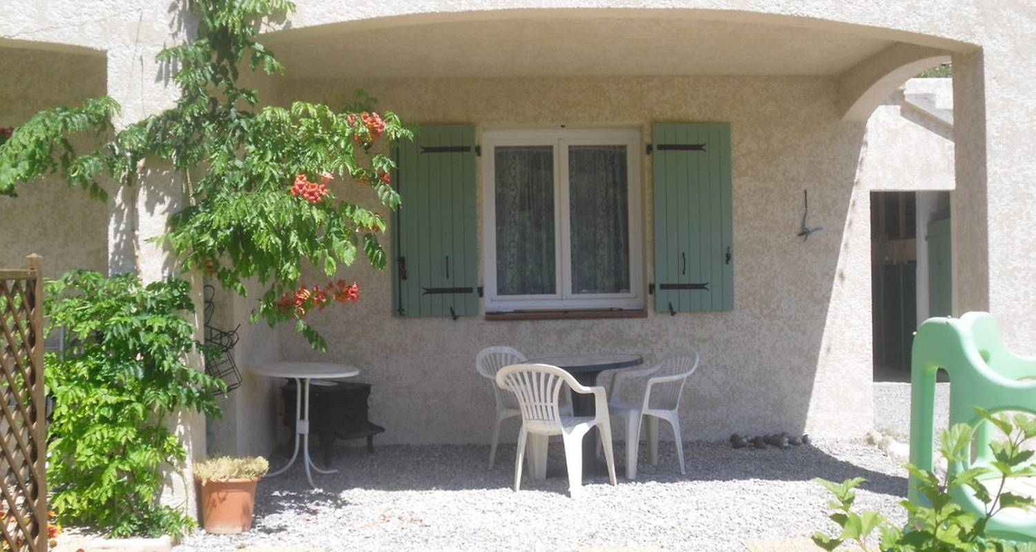 Furnished accommodation: gite les iris sport escalade in orpierre (114740)