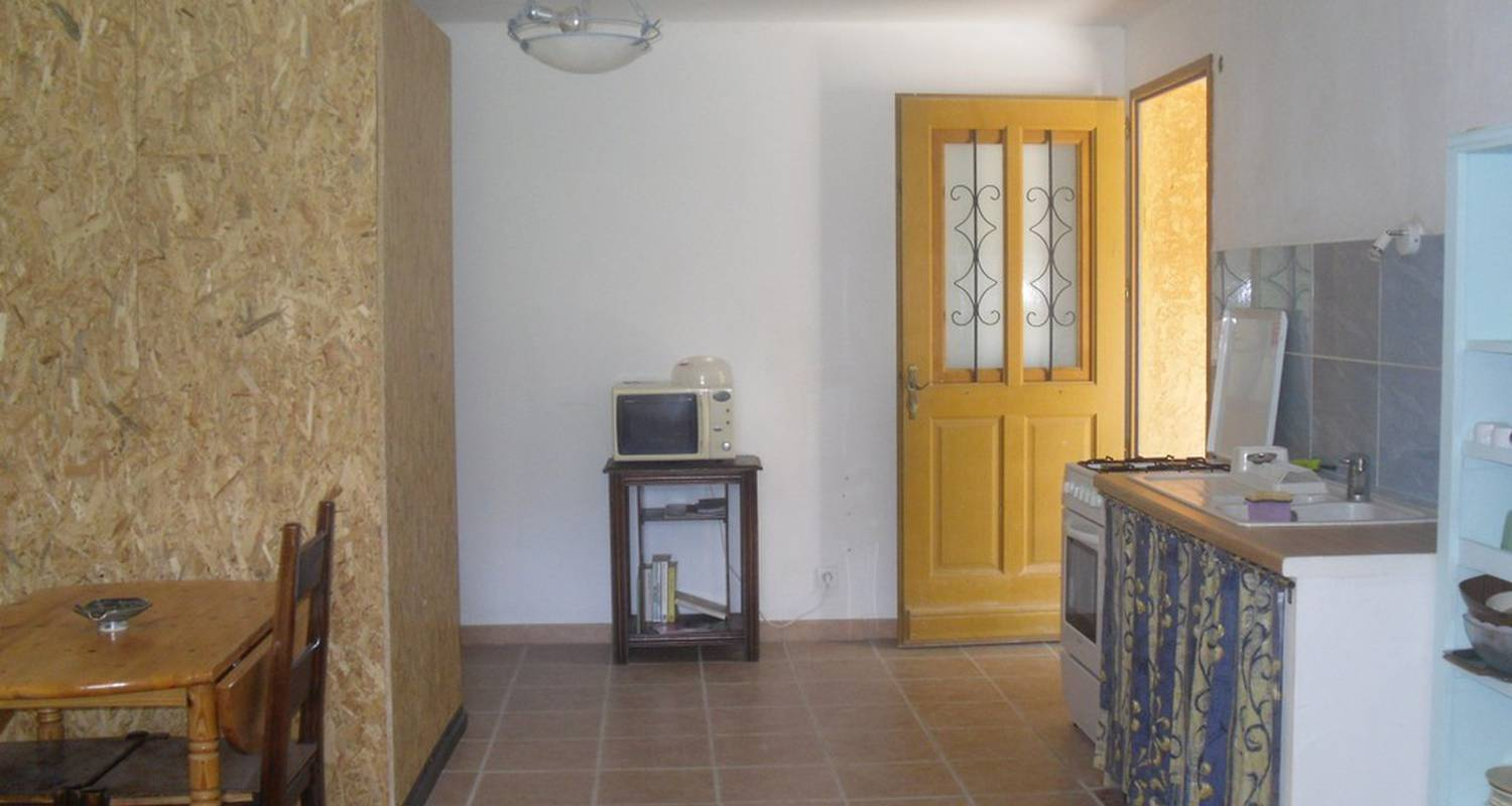 Furnished accommodation: gite les iris sport escalade in orpierre (114742)