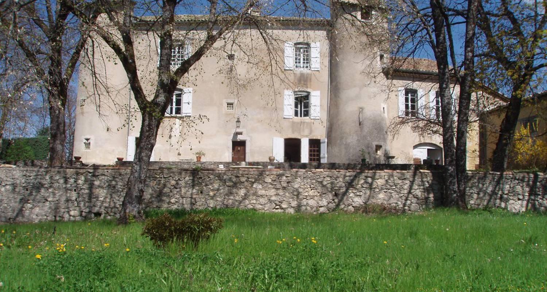 Chambre d'hôtes: chateau laric à chabestan (114775)