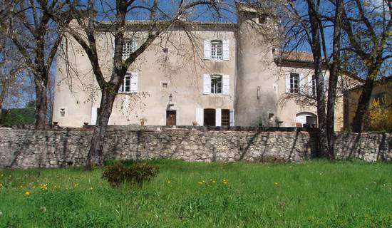 Chateau Laric picture
