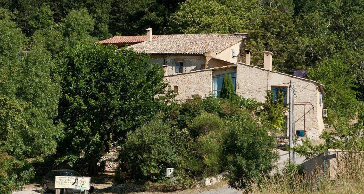 Furnished accommodation: mas du figuier in sisteron (114783)