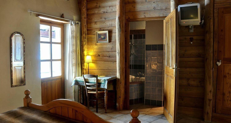 Chambre d'hôtes: chambres du soleil à saint-chaffrey (114826)