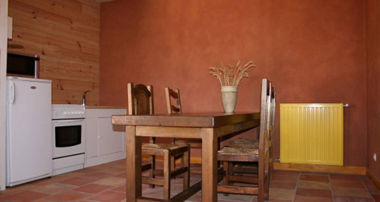 Chambre d'hôtes: les noyers du soleil à la bâtie-vieille (114954)