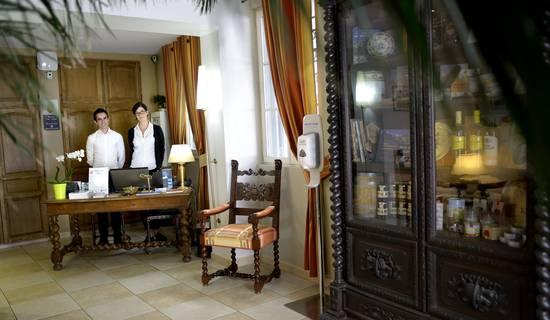 Hotel Aragon picture