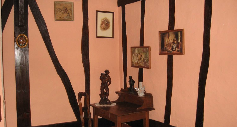 Chambre d'hôtes: la salle de la londe  à fresnoy-folny (115065)