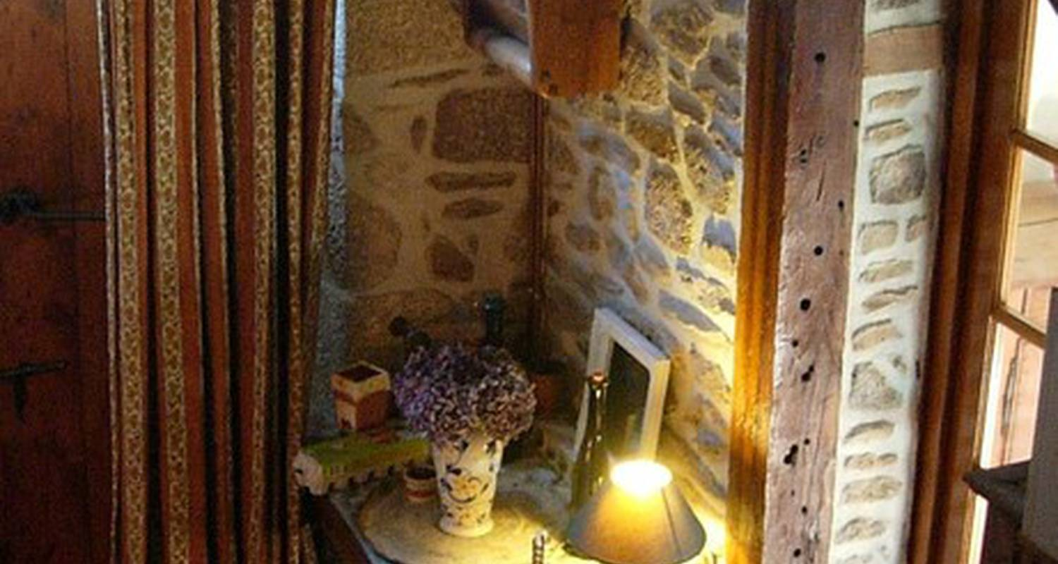 Bed & breakfast: les gites du bourg in vitrac (115072)