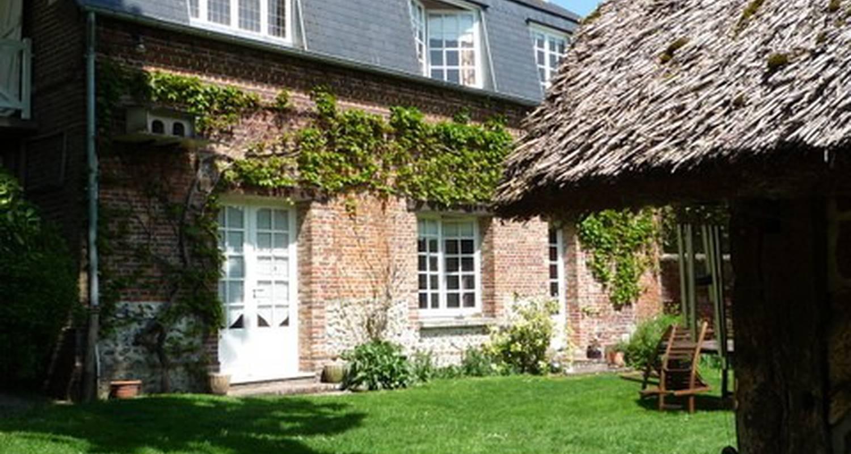Bed & breakfast: la maison du jardin in doudeauville-en-vexin (115344)