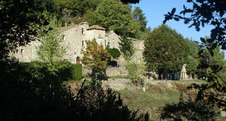 Gîte: le hameau de cintenat à saint-étienne-de-serre (115388)