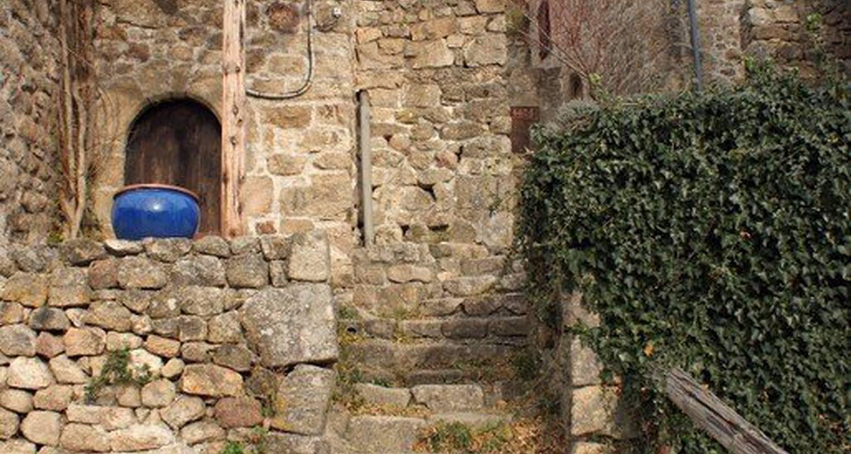 Gîte: le hameau de cintenat à saint-étienne-de-serre (115389)