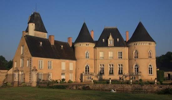 Château de Vaulogé picture