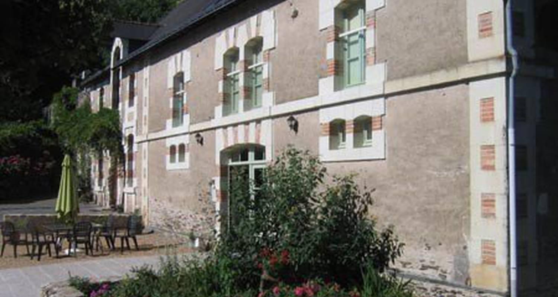 Chambre d'hôtes: chambres d'hotes la haye à avrillé (115467)
