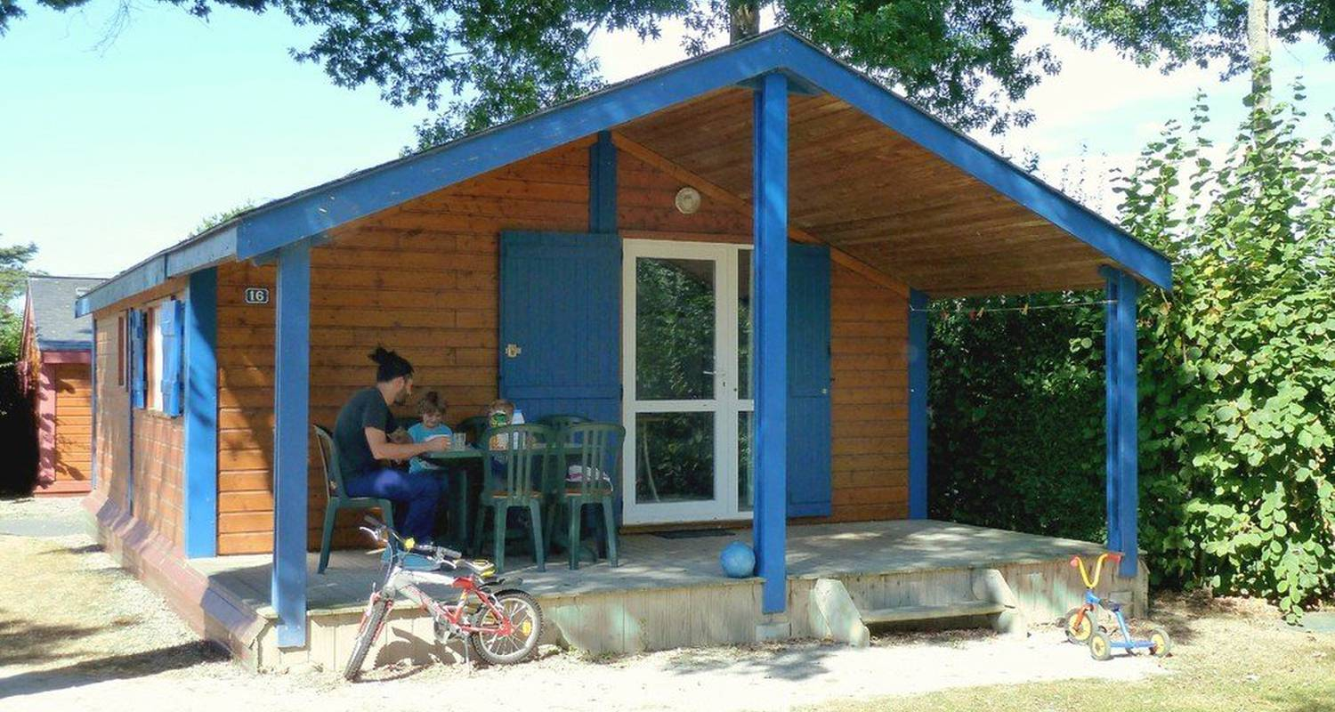 Camping pitches: camping du mûrier in craon (115600)