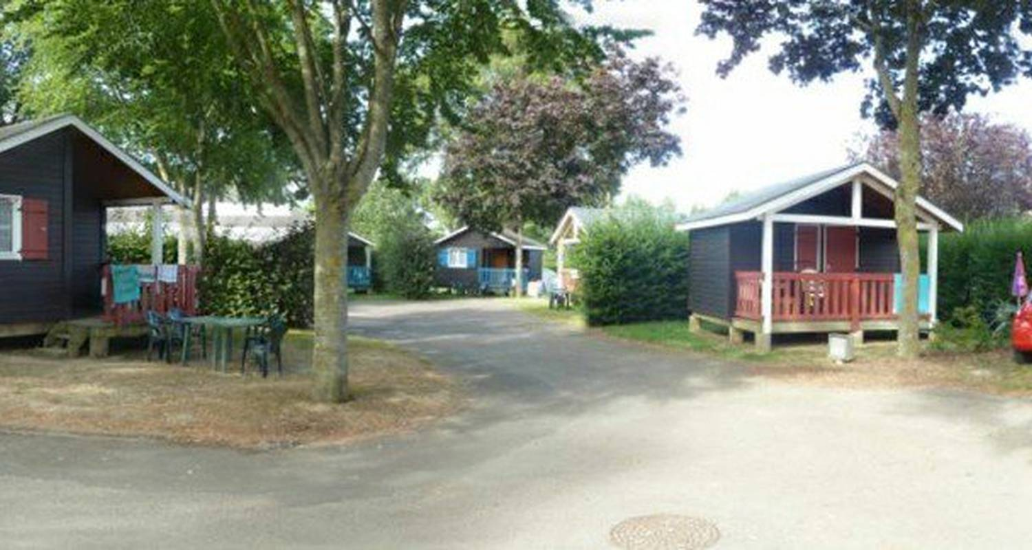 Camping pitches: camping du mûrier in craon (115602)