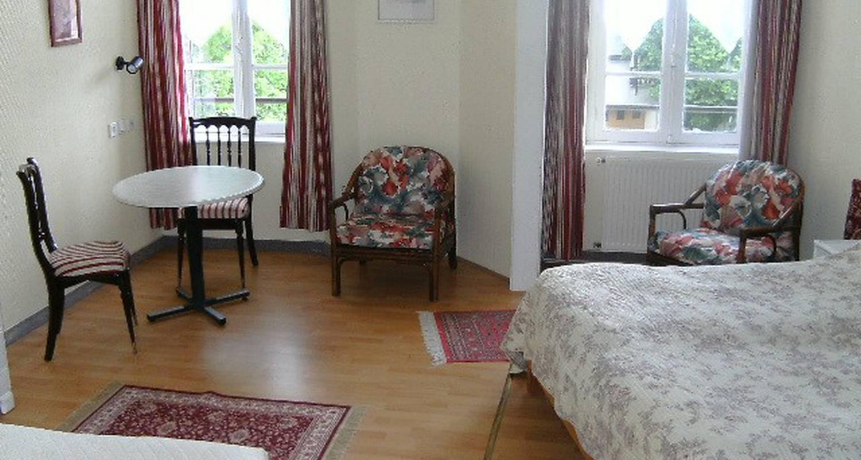 Chambre d'hôtes: bed & breakfast les chenes à châtel-guyon (115689)