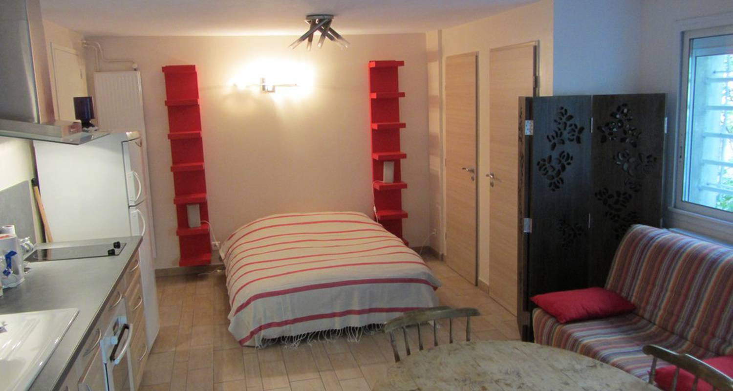 Bed & breakfast: la campagne dans la ville in marseille (115702)