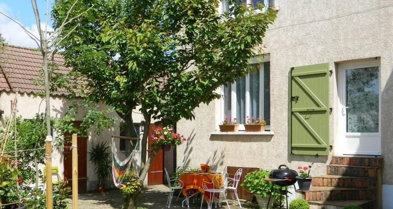 Furnished accommodation: jes le gîte in ballancourt-sur-essonne (115717)