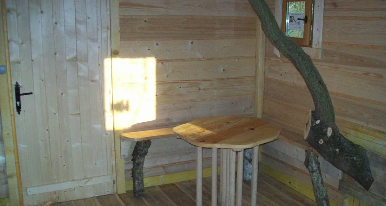 Emplacements de camping: cabane dans les arbres à tancrou (115739)