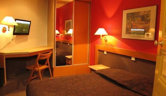 HOTEL DU RHIN picture